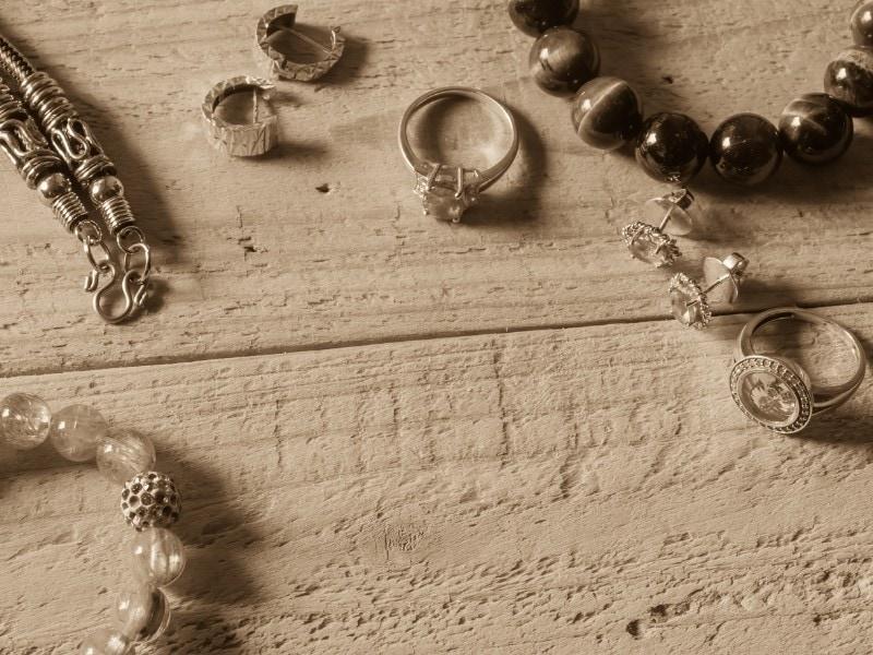 הכנת תכשיטים
